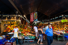 Barcelona - Mercat de la Boqueria (superbart77) Tags: barcelona people fruits market lasramblas mercatdelaboqueria