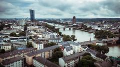 Geldgeschfte am Horizont (Alexander Kowatzki) Tags: city sky skyline river wasser dom frankfurt main stadt aussicht fluss kaiserdom aussichtsplattform