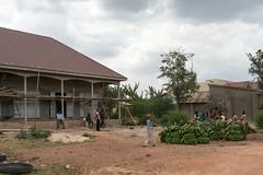 Travelling around Uganda (Nombi) (MadGrin) Tags: africa orientale uganda repubblica travel viaggio westernregion uga