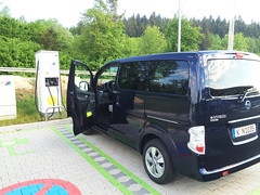 e-NV200: 50 Kilowatt Triple-Charger