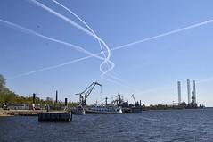 Interweaving. (azh565) Tags: city sea sky stpetersburg pier track russia d2x lovely kronshtadt interweaving