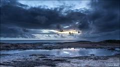 Le soleil se lve encore... (Laurent Asselin) Tags: mer sunrise soleil eau lumire ciel nuages paysage aube ocan