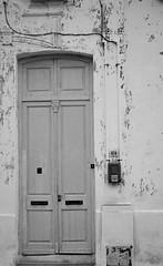 (marlorenzo13) Tags: blanco arquitectura puerta y negro monocromatico