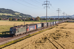 SBB Cargo: Re 420 330 + Re 620 087 (Pascal Hartmann Photography) Tags: sbbc cargo freight transit trainspotting eisenbahnfotografie re420 re620 kiesen switzerland