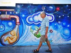 Just walking... (France-) Tags: blue man water wall mexico eau bleu mexique homme murale 586