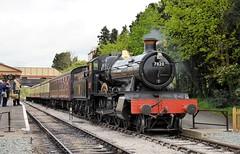 Dinmore Manor at Toddington (davids pix) Tags: station train railway gloucestershire steam locomotive passenger preserved warwickshire gwr 2015 toddington 7820 dinmoremanor 25042015
