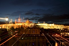 Pražský hrad (Brian Aslak) Tags: light castle night europe prague praha pražskýhrad czechrepublic öö praguecastle czechia česko českárepublika tjekkia