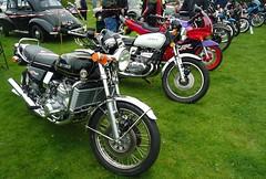 Suzuki GT750 Suzuki GT380 (mrd1xjr) Tags: 2 3 water three buffalo wheels motorcycles bikes kettle cylinder suzuki motorbikes triples superbikes gt750 gt380