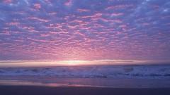 Ultraviolet (photographyvisor) Tags: ocean sky naturaleza sun beach sunshine mar playa amanecer cielo olas