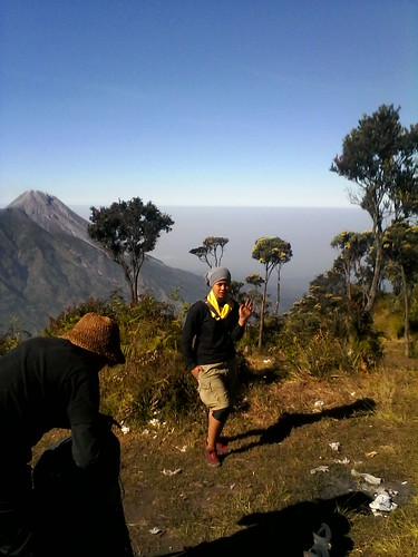 "Pengembaraan Sakuntala ank 26 Merbabu & Merapi 2014 • <a style=""font-size:0.8em;"" href=""http://www.flickr.com/photos/24767572@N00/27067805462/"" target=""_blank"">View on Flickr</a>"