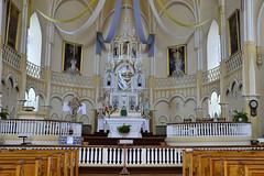 Le cur de l'glise de Saint-Roch-des-Aulnaies. (Gaetan L) Tags: church architecture worship glise provincedequbec fleuvestlaurent culte route132 religiousheritage saintrochdesaulnaies ctedusud nikond7000 patrimoinereligion