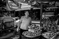 #street #streetlife #bw #monochorme #backandwhite #phongnguyenfoto #photography #nice #life #fujifilm #23mm #35mm #fujifilmxpro2 #acrosfilm #beautifull #portrait (phongnguyenfoto) Tags: life street portrait bw 35mm photography nice streetlife fujifilm backandwhite beautifull monochorme 23mm acrosfilm fujifilmxpro2 phongnguyenfoto