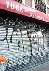 Yuck Complementos (neppanen) Tags: madrid graffiti spain storefront yuck complementos espanja discounterintelligence sampen