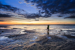 (samyaoo) Tags:       taiwan sunset beach coast changhua clouds     boat reflection sand   ripple silhouette    wetland sea red