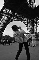 Paris - Eiffel Tower (xxx-NICO-xxx) Tags: bw paris tower noir tour eiffel nb bn et blanc