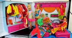 BARBIE/STACEY SLEEP 'N KEEP CASE FROM 1969 (ModBarbieLover) Tags: 1969 casey mod stacey sleep n barbie keep talking francie