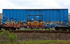 (o texano) Tags: bench graffiti texas houston trains zee db strike freights rtd shewp benching
