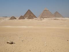 Pyramides at Giza!