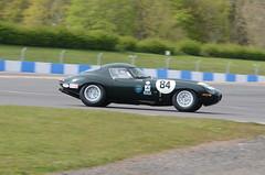 DSC_8660 - Jaguar E-Type (102er) Tags: auto uk classic cars car festival race racecar nikon racing historic tamron motorracing motorsport donington 70300 doningtonpark hscc d7000