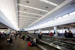 2015_04_23 SFO terminal-1 (jplphoto2) Tags: sanfrancisco airplane sfo aviation terminal3 unitedairlines ksfo jeremydwyerlindgren jdlmultimedia