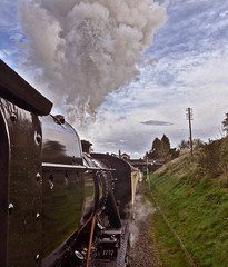 Great Central Railway Rothley Leicestershire 30th April 2016 (loose_grip_99) Tags: uk railroad england station train leicestershire engine rail railway trains steam transportation locomotive railways preservation midlands 280 lms greatcentral eastmidlands rothley 8f stanier uksteam 48624 gassteam