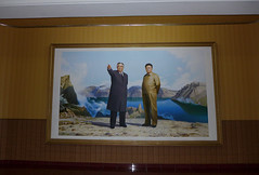 President Kim Il-Sung and Leader Kim Jong-il  in the Entrance hall of our Hotel in Pyongsong (Daniel Brennwald) Tags: kimjongil northkorea dprk kimilsung nordkorea pyongsong