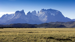 2016.04.03.16.50.15-Cuernos del Paine (www.davidmolloyphotography.com) Tags: chile patagonia torresdelpaine cuernosdelpaine
