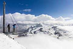 Au dessus des nuages (elebelleguy) Tags: camera ski weather lens eos hardware cloudy clear 1018 clair meteo mto objectif couvert nuageux boitier valcenis 550d lanslevillard matrial canoneos550d eos550d canon1018 canonefs1018