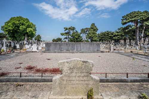 MOUNT JEROME CEMETERY AND CREMATORIUM IN HAROLD'S CROSS [SONY A7RM2 WITH VOIGTLANDER 15mm LENS]-116996