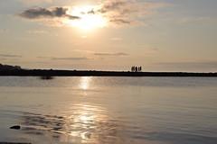 (.Luz.) Tags: sky costa sun amigos sol ro river atardecer muelle agua paisaje cielo reflejo aire libre