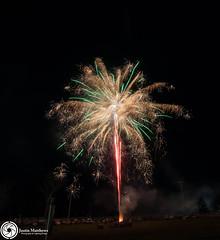 Beaudesert Show 2016 - Friday Night Fireworks-69.jpg (aussiecattlekid) Tags: skylighterfireworks skylighterfireworx beaudesert aerialshell cometcake cometshell oneshot multishot multishotcake pyro pyrotechnics fireworks bangboomcrackle