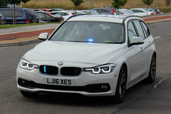 South Yorkshire Police New Unmarked BMW 330d Touring Driver Training TPAC Car (PFB-999) Tags: south yorkshire police syp ex demo demonstrator bmw 330d 3series touring estate xdrive driver training car vehicle unit dt tpac grilles fendoffs dashlight leds
