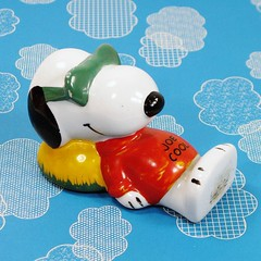 Zonk city! #Snoopy #peanuts #joecool #paperweight #forsale #collectpeanuts #vintagesnoopy #snoopygrams #ilovesnoopy #snoopyfan #snoopylove #snoopycollection (collectpeanuts) Tags: collectpeanuts snoopy peanuts charlie brown