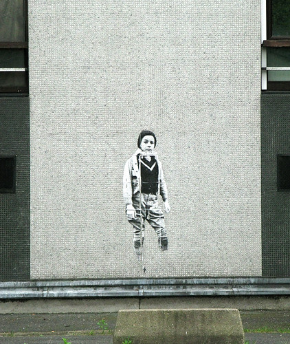 Pasted paper by Leo & Pipo [Paris 19e]
