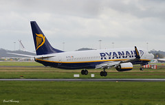 Ryanair 737-800 EI-FIG (birrlad) Tags: ireland airplane airport aircraft aviation airplanes landing shannon finals airline boeing arrival ryanair airways approach airlines runway airliner 737 arriving b737 737800 snn b738 7378as eifig