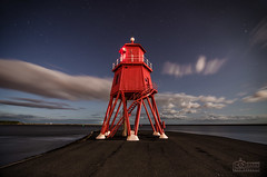 Moonlit Lighthouse, South Shields (solidtext) Tags: lighthouse night tyne nightscene southshields groyne rivertyne