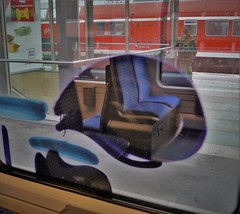 Graffiti (Honig&Teer) Tags: railroad train germany graffiti steel eisenbahn bahnhof hannover db urbanart vehicle inside deutschebahn sbahn railways treno bombing aerosolart spraycanart traingraffiti trainart vandalismus railroadgraffiti honigteer eisenbahngraffiti