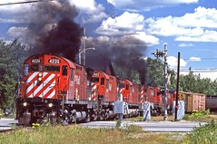 91-07-30 2-3D CP4235 (jhwright105) Tags: railroad me jackman westbound manifest cp4235 mooseheadsub