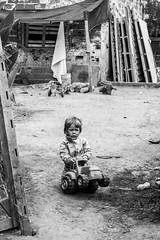 La Portea, Ezeiza. (Fotografas Daiana Soriano) Tags: people cloud love argentina children landscape la buenosaires child amor poor nios photograph ong techo pobreza ezeiza portea asentamiento daianasorianofotografia