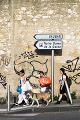 marseille (monsieur ours) Tags: marseille france ville city rue street urban urbain outside extrieur couleur color people gens