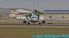 EI-DYA - Ryanair - Boeing 737-8AS(WL) (Juan Rodriguez - PMI/LEPA) Tags: plane airplane nikon aircraft sigma boeing ryanair mallorca palma aeropuerto 80400mm b737 d90 sonsanjuan sonsantjoan eidya pmilepa
