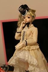 IMG_8300 (Emma Wolf) Tags: doll bjd customblythe obitsucustom classydoll dimdolllarina mystickids zinnadollmore