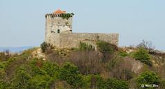 Águas Frias (Chaves) - Castelo de Monforte de Rio Livre - Monumento Nacional (Mário Silva) Tags: primavera portugal maio chaves aldeia trásosmontes 2015 illustrarportugal águasfrias lumbudus