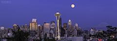 Seattle Night View (yuyustudio) Tags: seattle nightphotography sunset panorama ef70200mm washingtonsate canon5diii