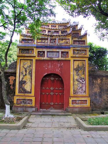 hue - vietnam 33