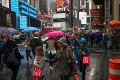 Morning Rain - Times Square (minus6 (tuan)) Tags: mts minus6
