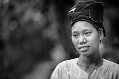 Vietnam: portrait, ethnie des Lolo noir. (claude gourlay) Tags: portrait people blackandwhite bw face asia retrato nb vietnam asie ethnic ritratti ritratto indochine tonkin baolac ethnie coabang minorit claudegourlay lolonoir