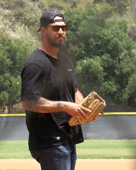IMG_4408 (danimaniacs) Tags: man hot sexy guy sports hat beard nfl hunk cap scruff mansolo ebenbritton