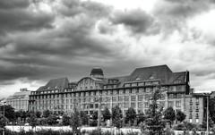 Leipzig - Industriepalast/Listhaus (ingrid eulenfan) Tags: bw leipzig architektur schwarzweiss gebude schw industriepalast listhaus