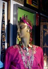 godiva meets marylin (canecrabe) Tags: roma bijoux boutique marylinmonroe accessoires giuseppe godiva cravate viadelgovernovecchio tempimoderni durantis ipergorgeous